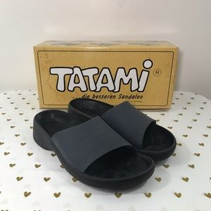 Tatami Birkenstock Courtney Sandals Navy